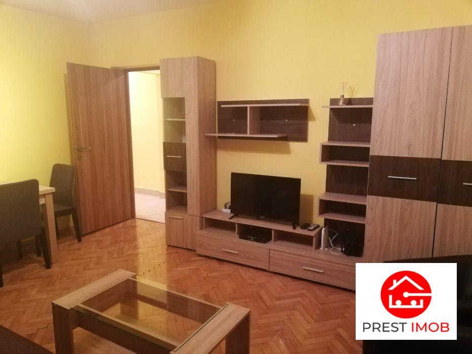 De inchiriat: apartament cu 3 camere situat in zona Cornisa!