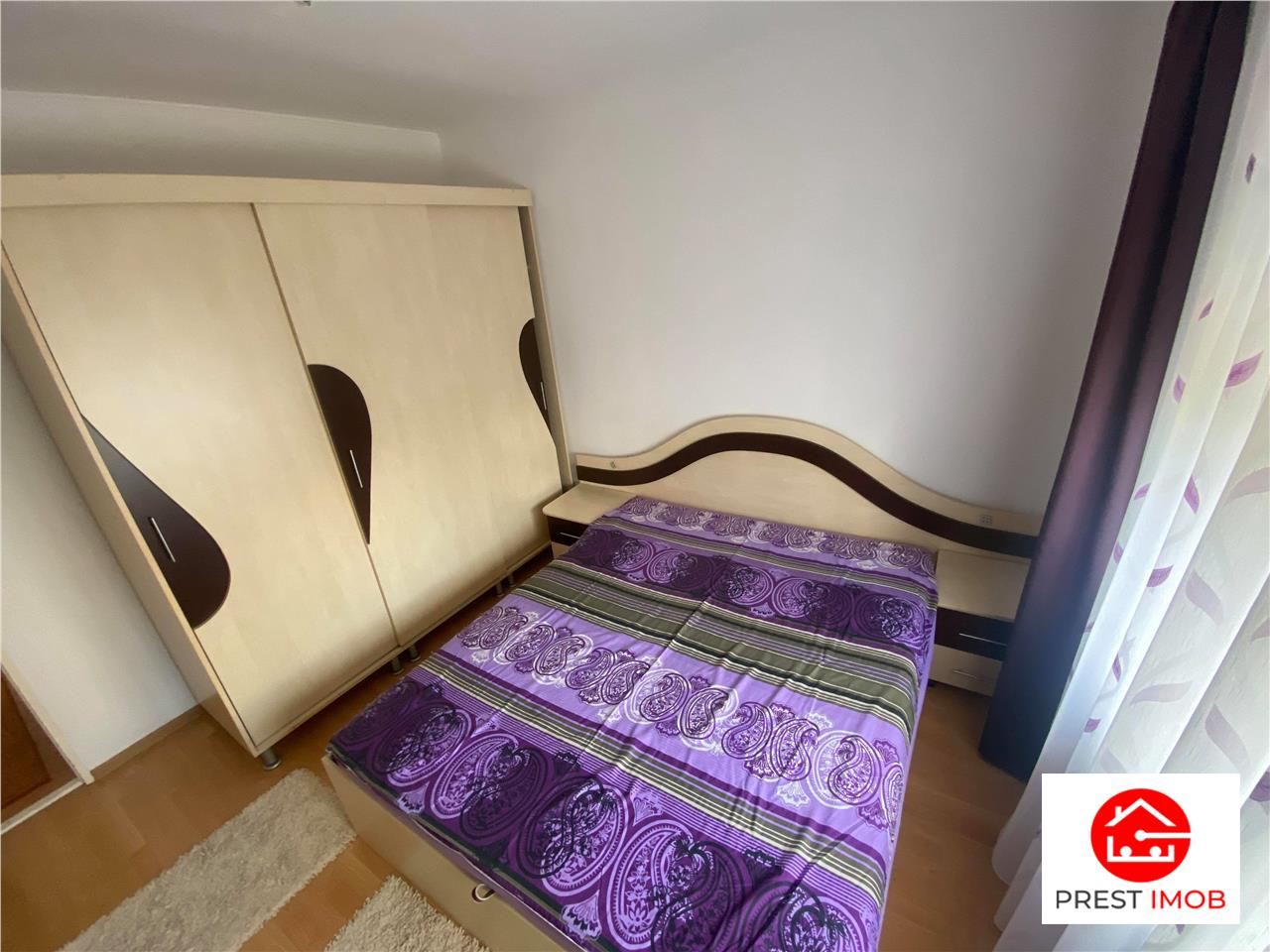 Apartament cu 3 camere de inchiriat in Unirii