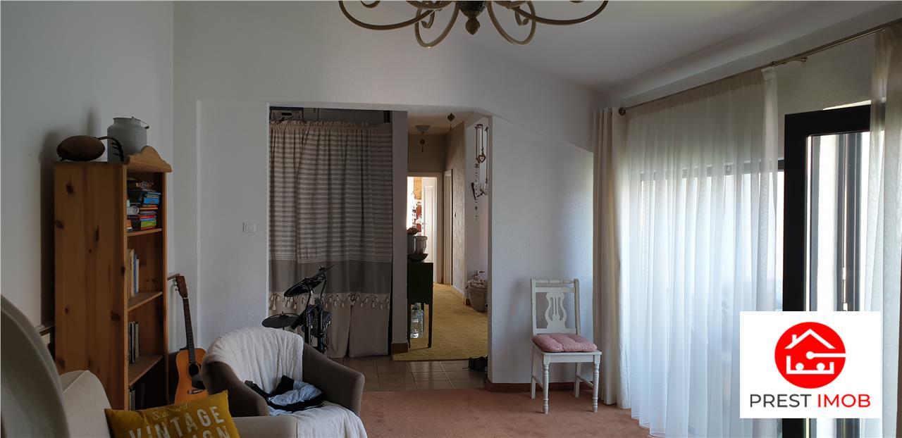 De vanzare apartament tip penthouse in centru Tg. Mures