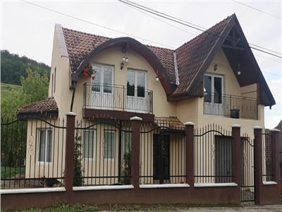 casa de vanzare,5 camere, la cheie-Unirii,Targu Mures