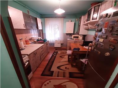 Apartament 3 camere,Unirii,str.Vasile Lucaciu