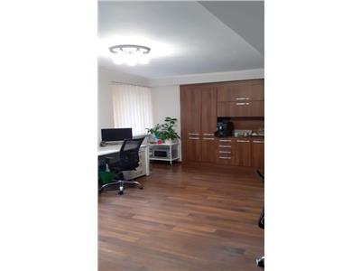 De inchiriat: spatiu pentru birouri, cu 2 camere, ultracentral!
