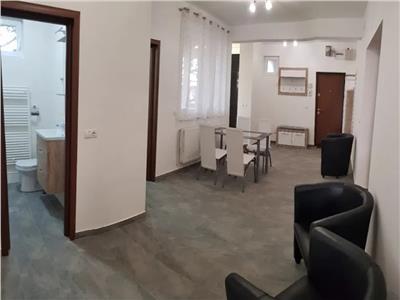 Apartament modern cu 3 camere central-de inchiriat!