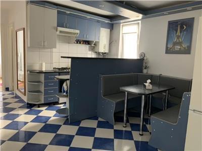 Apartament cu 3 camere de inchiriat in Dambu!