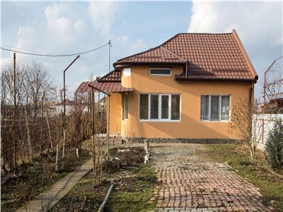 Casa de vanzare  cu teren în Targu Mures