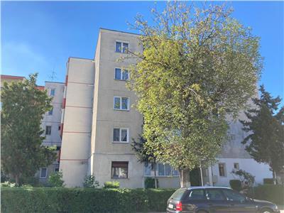 Apartament 2 camere de vanzare in Dambu!
