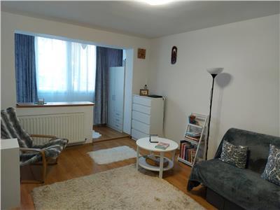 De vanzare apartament cu 2 camere, parter, zona Budai