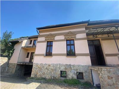 Casa de vanzare in zona semicentrala, Cornisa