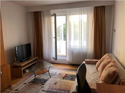 De inchiriat: apartament cu 2 camere, in 7 Noiembrie!